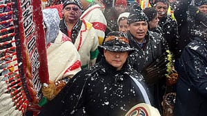 Shawn Atleo, the national chief of the Assembly of First Nations, drums at the centre of the Idle No More protest on Parliament Hill Dec. 21. The AFN wants a second Crown-First Nations gathering on the first anniversary of last year's meeting, Jan. 24.