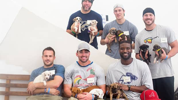 A group of CFL playing are helping Cats and Dogs International in Mexico.