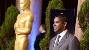 Actor Denzel Washington, star of the movie Flight, was on hand for the Oscar luncheon.