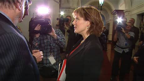 Privacy commissioner slams premier's office record-keeping