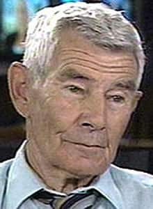 Peter Worthington, who died Sunday, was a longtime journalist who began his career with the Toronto Telegram, and was an eyewitness to the assassination of Lee Harvey Oswald.
