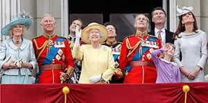Royal Baby Will Light Up Cn Tower Royal Baby