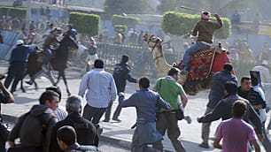 Egyptian protesters clash in Tahrir Square