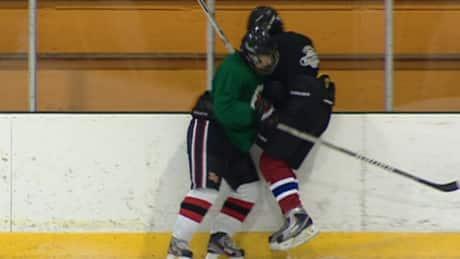 Boy's spleen punctured in B.C. hockey game