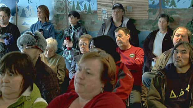 Residents at a public meeting in Happy Valley-Goose Bay Friday demanded better search and rescue services for Labrador.