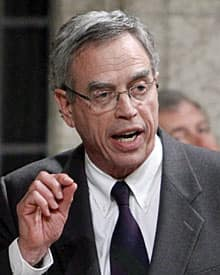 Natural Resources Minister Joe Oliver insists the move to speed up the environmental review process for resource projects will not compromise environmental protection.