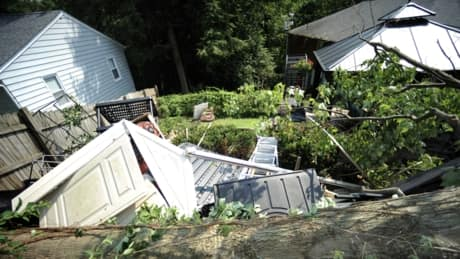 Violent U.S. storm kills 13 | f3v3r Magazine
