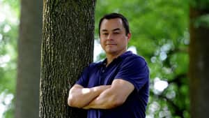 Shawn Atleo has seven competitors in his race for for re-election as the national chief of the Assembly of First Nations. Social media has shaped the conversation in First Nations communities across Canada, as chiefs prepare to gather in Toronto next week for the vote.