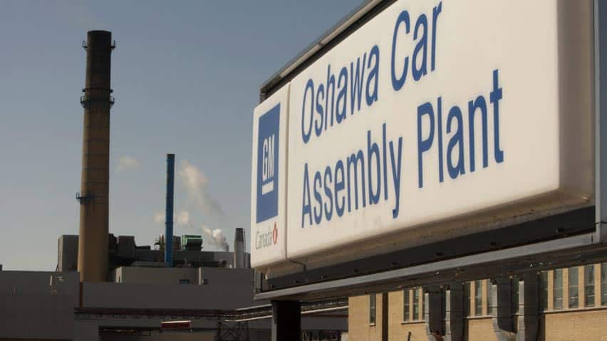 GM Canada plans to announce an investment in Canadian research and development at its complex in Oshawa, Ont., on Tuesday.