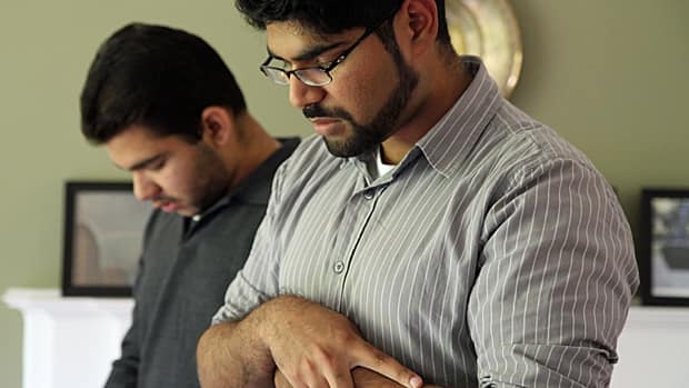 More Muslims are using smartphone applications to help them observe religious ceremonies.