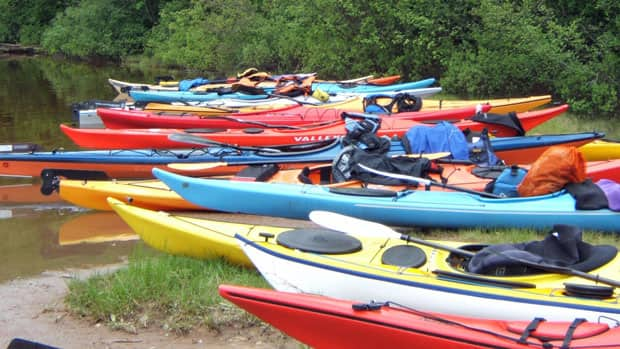 It's difficult for Thunder Bay to market kayaking to potential tourists when rental operators are in short supply, a city official says.