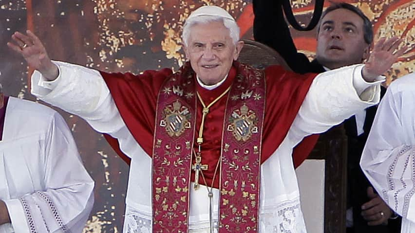 Pope Benedict XVI plans to launch a personal Twitter account, perhaps before the end of the year.