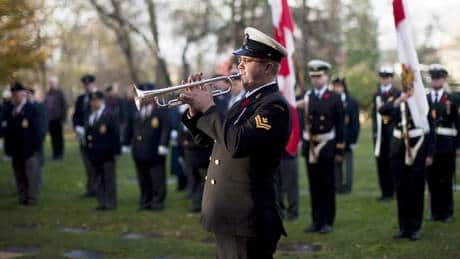 Memorials across country mark Remembrance Day