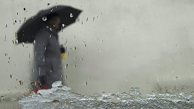 Rain and snow are headed to parts of Ontario and Quebec starting Thursday, as a low-pressure system moves northeast.