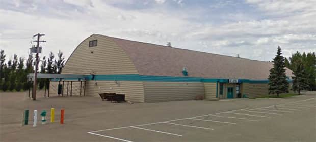 People in Assiniboia are hoping to raise money to help replace the Assiniboia Civic Centre that about 60 years old.