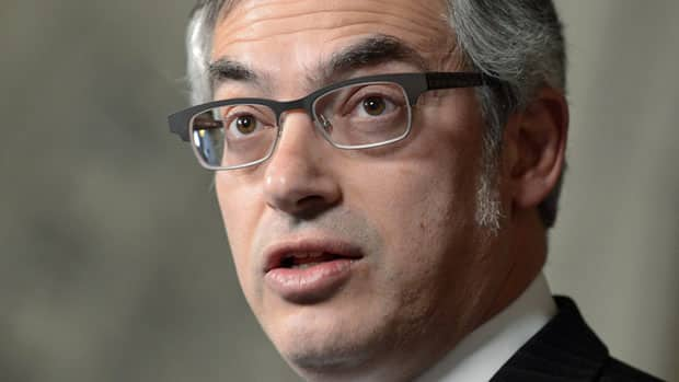 The head of the federal Treasury Board, Tony Clement, says the government aims to cut the cost of regulation to business without compromising health or safety.
