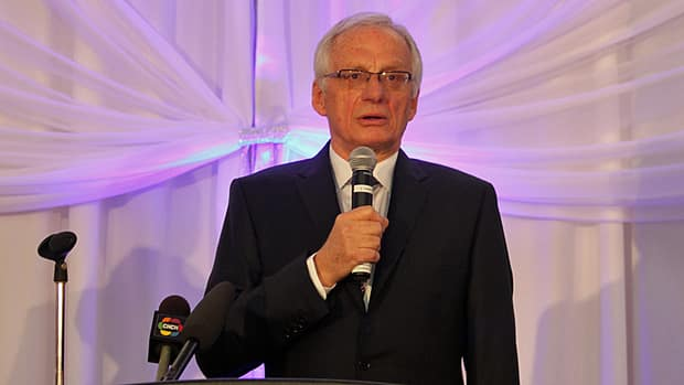 Mayor Bob Bratina delivered his annual State of the City address before members of the Stoney Creek Chamber of Commerce on Tuesday.