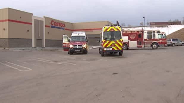 A leak of Freon closed Costco for a few hours Saturday while crews cleaned it up.