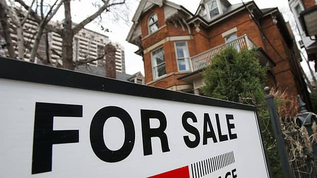 Home prices are still rising in most markets in Canada, according to the latest market survey from realtor Royal LePage. But there are unmistakeable signs that the market is well into a cooling phase.