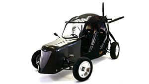 The Maverick can travel at speeds up to 160 kilometres per hour on land and up to 65 kilometres per hour in the air.