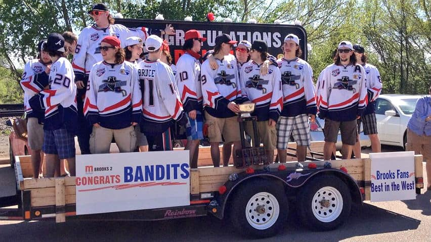 CBC News: Calgary at 6:00 - Brook Bandits parade