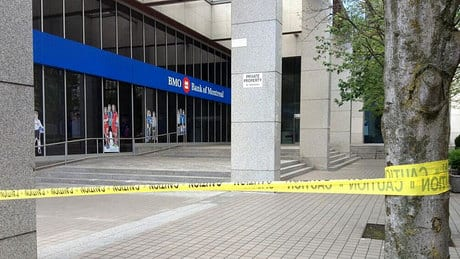 BMO building re-opens after suspicious package scare
