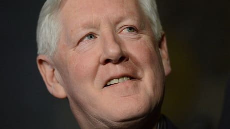 Bob Rae to head First Nations board for B.C. pipeline
