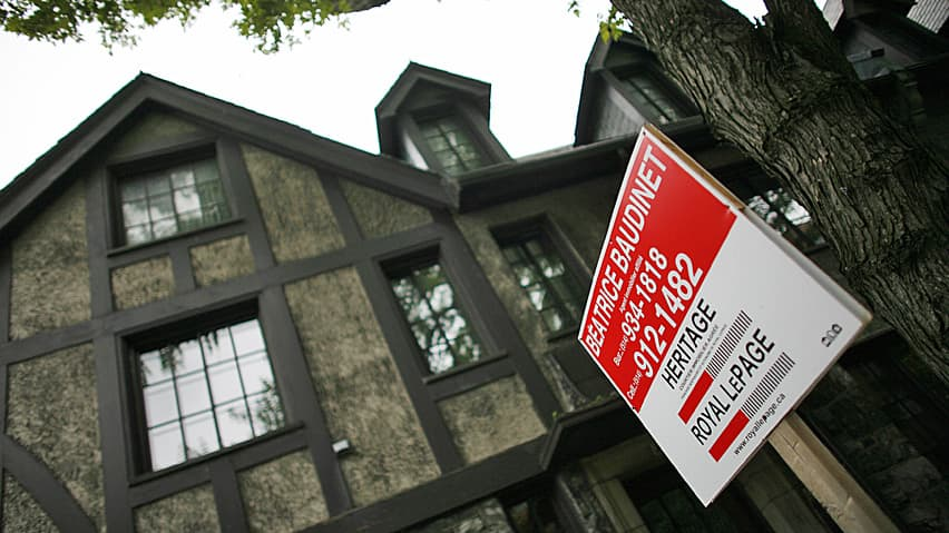 Home prices rise as sales remain steady