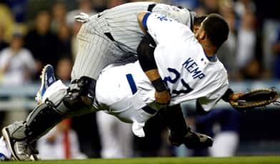 http://www.cbc.ca/gfx/images/sports/photos/2008/06/05/kemp-matt-392-cp-080603.jpg