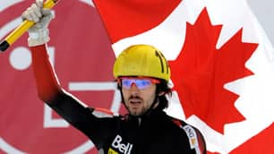 Charles Hamelin celebrates his gold medal in the 500 metres on Saturday in Vienna.