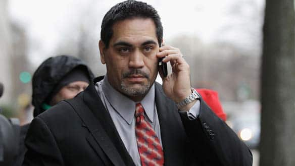 NFLPA president Kevin Mawae said players are pressured into making a deadline deal.
