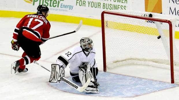 Kovalchuk, Parise goals lead Devils to shootout win Sp-940kovalchuk-8col