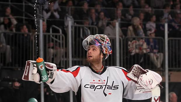 5 NHL Stories, Including Braden Holtby Stars On Broadway