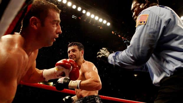 Montreal's Lucian Bute could not cope with Carl Froch in Nottingham on Saturday, losing his IBF title.