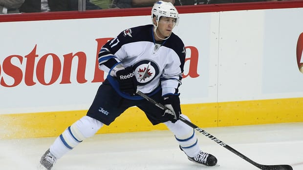 Derek Meech, seen with Winnipeg in the NHL last season, scored the decisive goal on Saturday in AHL action.