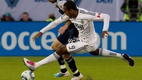 Whitecaps deal striker Atiba Harris to Rapids for international roster spot