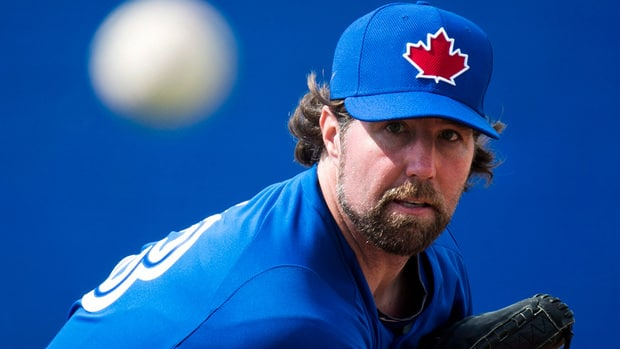 R.A. Dickey casts unique shadow at Toronto Blue Jays camp ...
