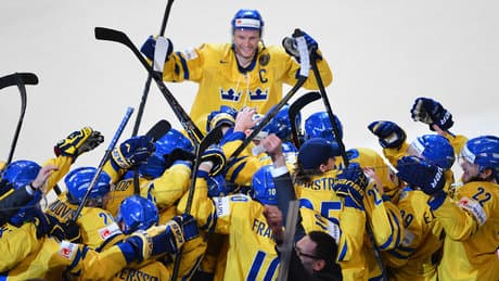 Sweden nabs gold at hockey worlds on home soil