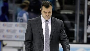 Canucks fire coach Alain Vigneault
