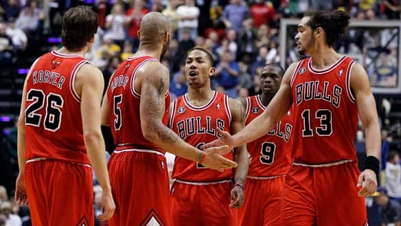 derrick rose carlos boozer and joakim. Derrick Rose was beaten up and