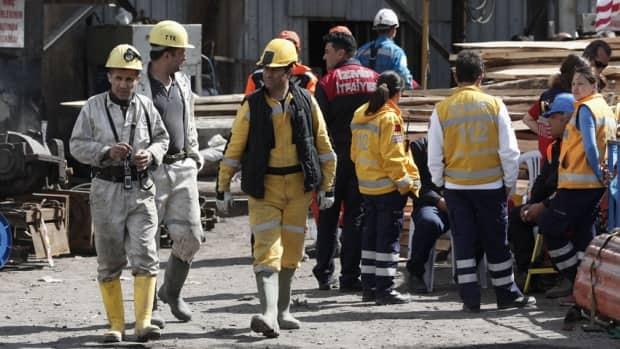 Turkey mining disaster reaches 301 dead
