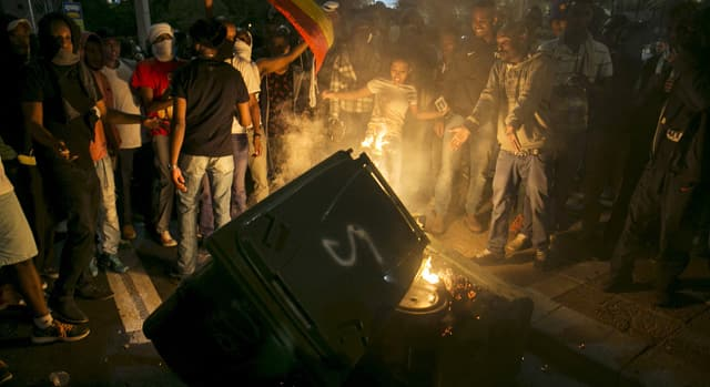News - RAW: Anti-racism protests in Israel