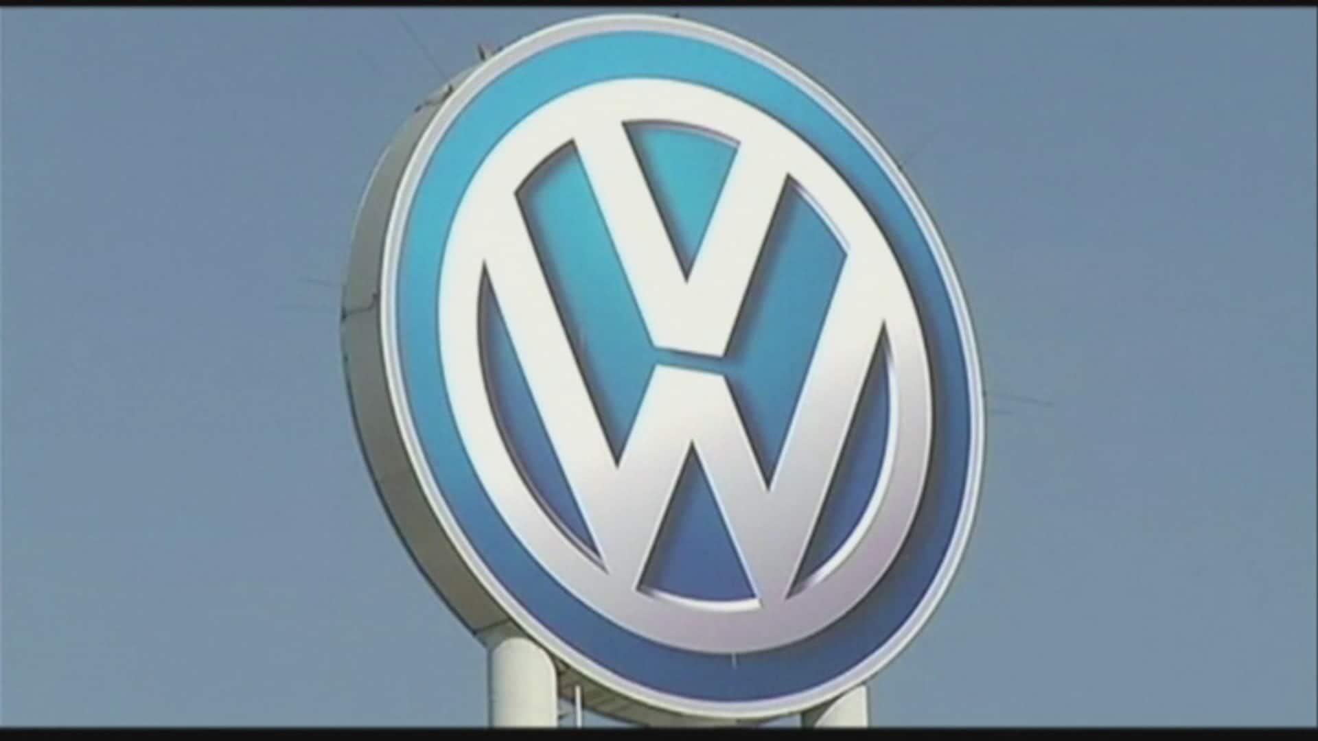 Volkswagen Shows 2016 Canada Nat Filipone Frame