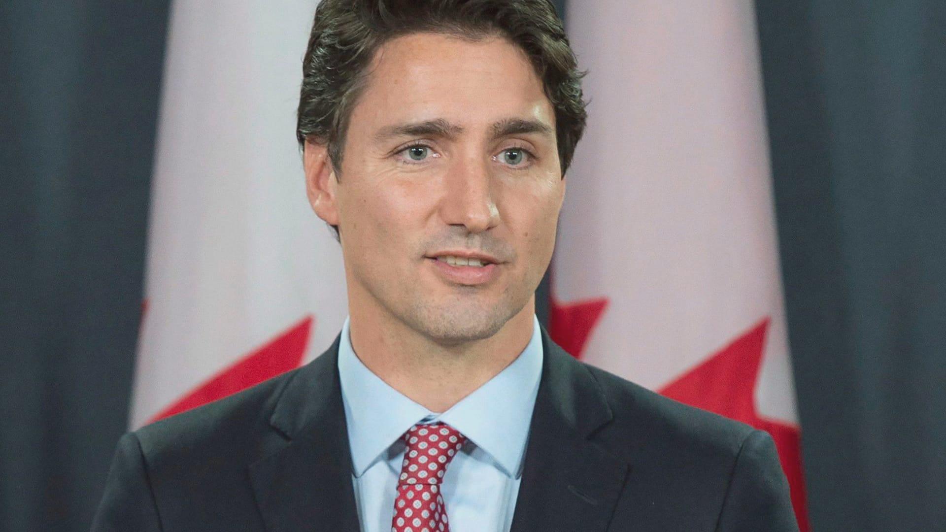 Trudeau And Harper Meet