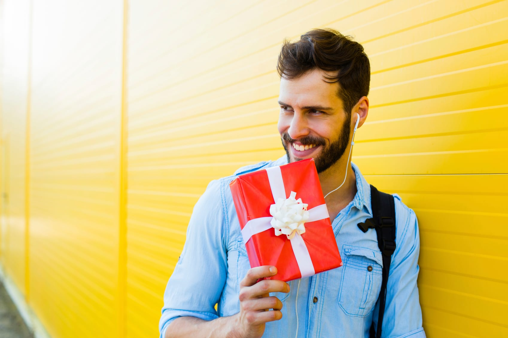 5 Great Greeting Gifts to Give Arriving Guests