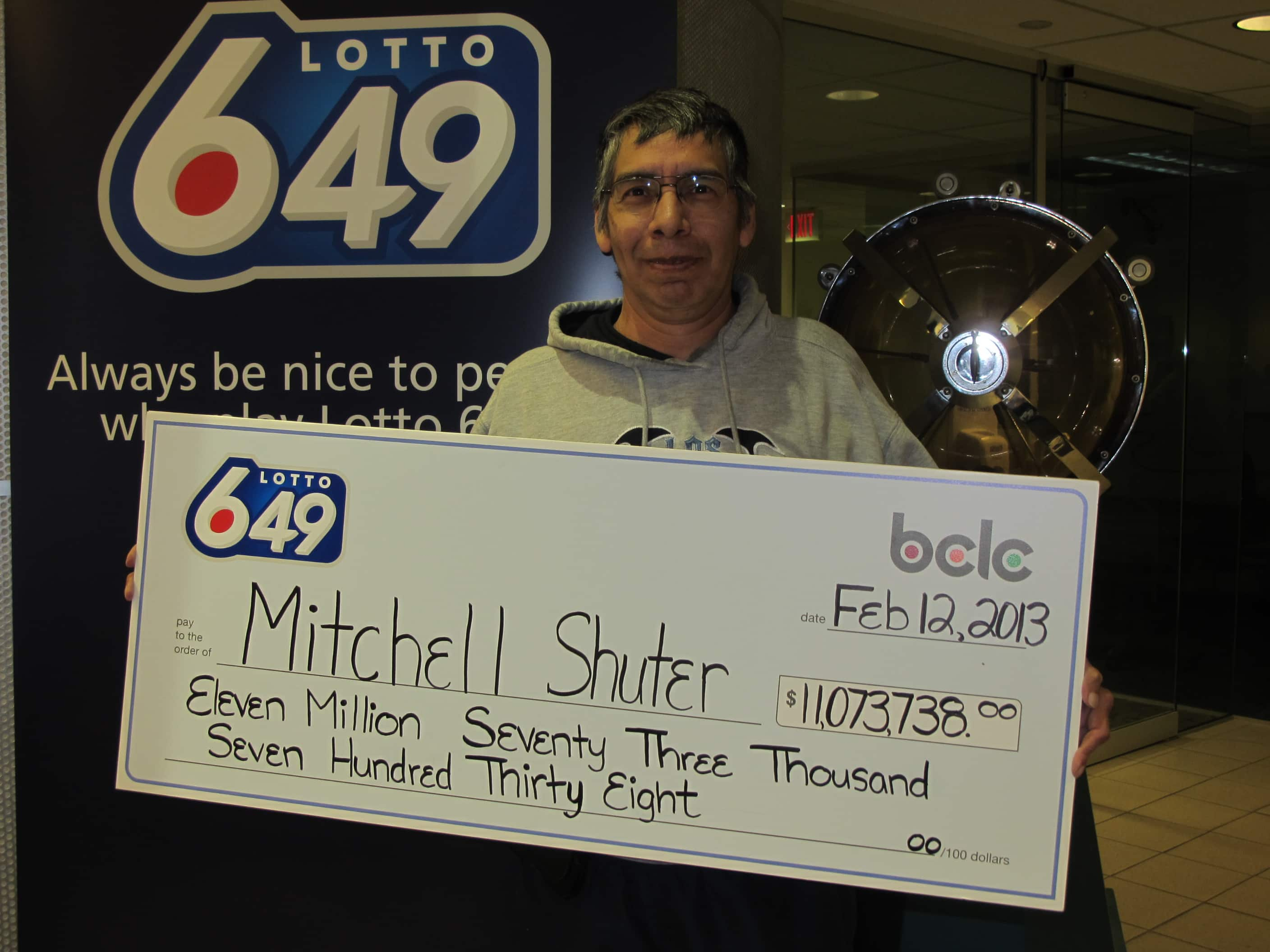 SHUTER Mitchell_Merritt Lotto 649 Winner.JPG