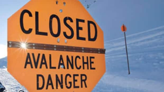 bc-generic-avalanche-danger-sign-cp.jpg
