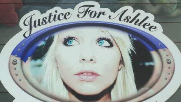 hi-bc-121108-ashlee-hyatt-justice-8col.jpg