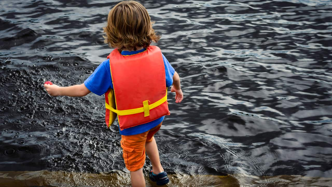 How to keep kids safe around water