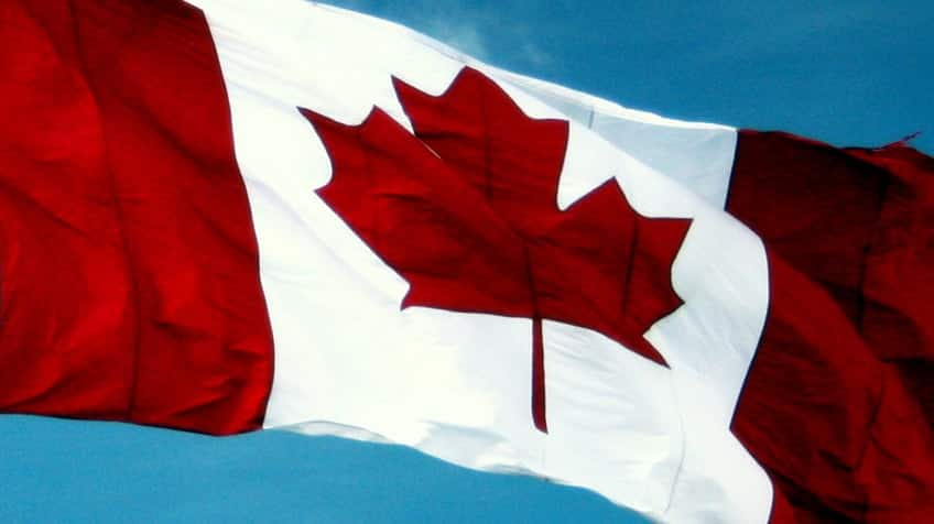 10 Things You May Not Know About Canadas Flag Explore Awesome